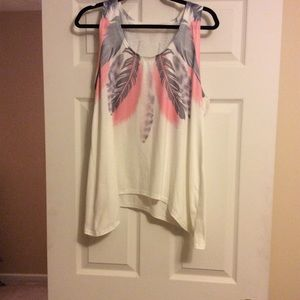 Tops - Really cute feather tank top
